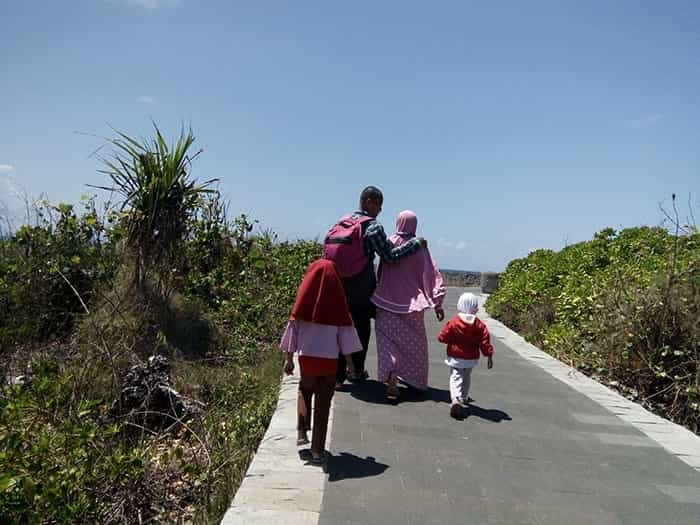Istri sebagai faktor utama cara agar suami gampang shalat jama'ah di masjid